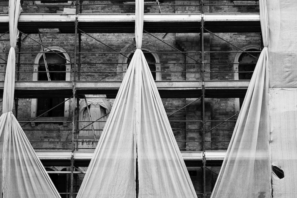 Building Curtain- Venice